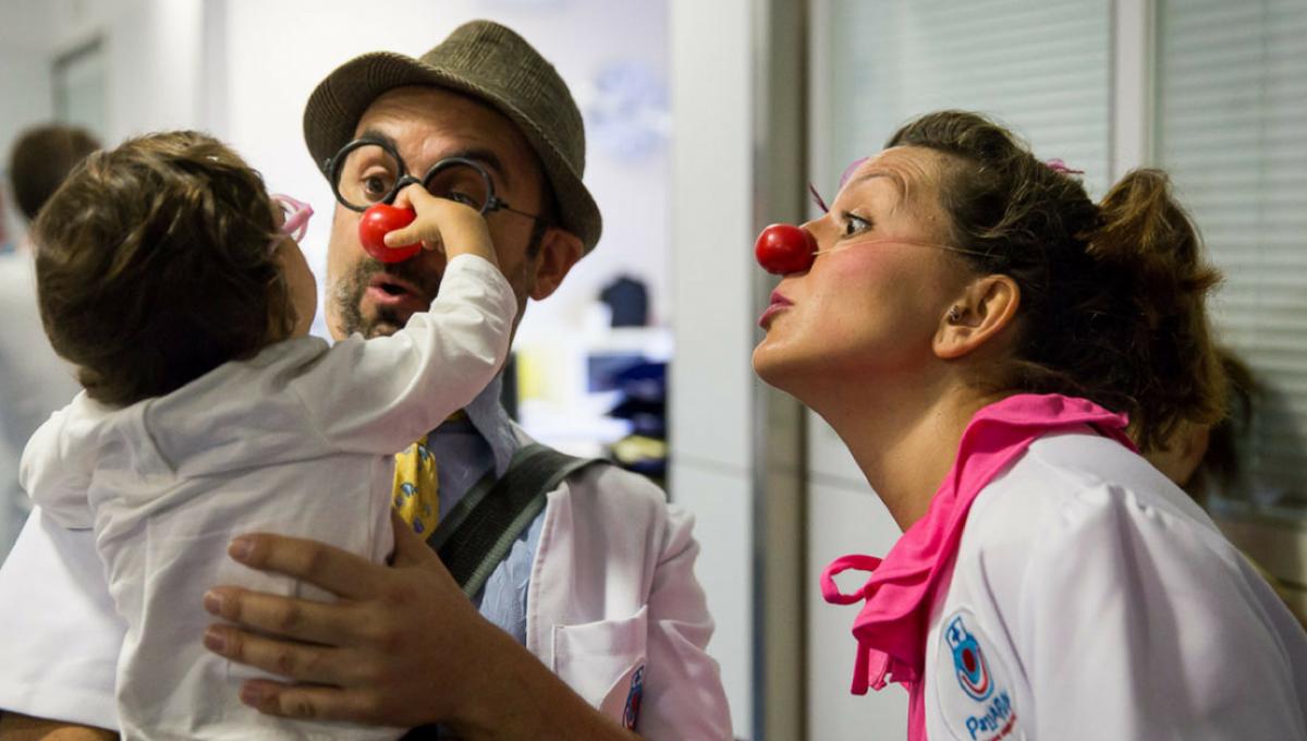 Payasos de Hospital: «Sonrisas que Curan»